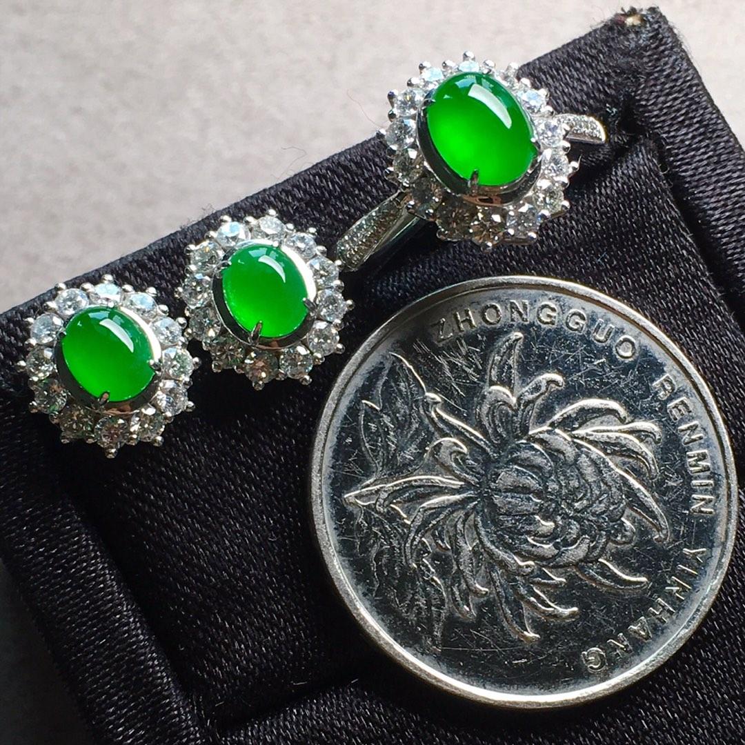高冰純正陽綠戒指+耳釘套裝,點睛之翠!第6張