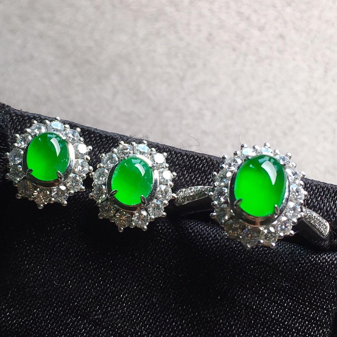 高冰純正陽綠戒指+耳釘套裝,點睛之翠!第4張