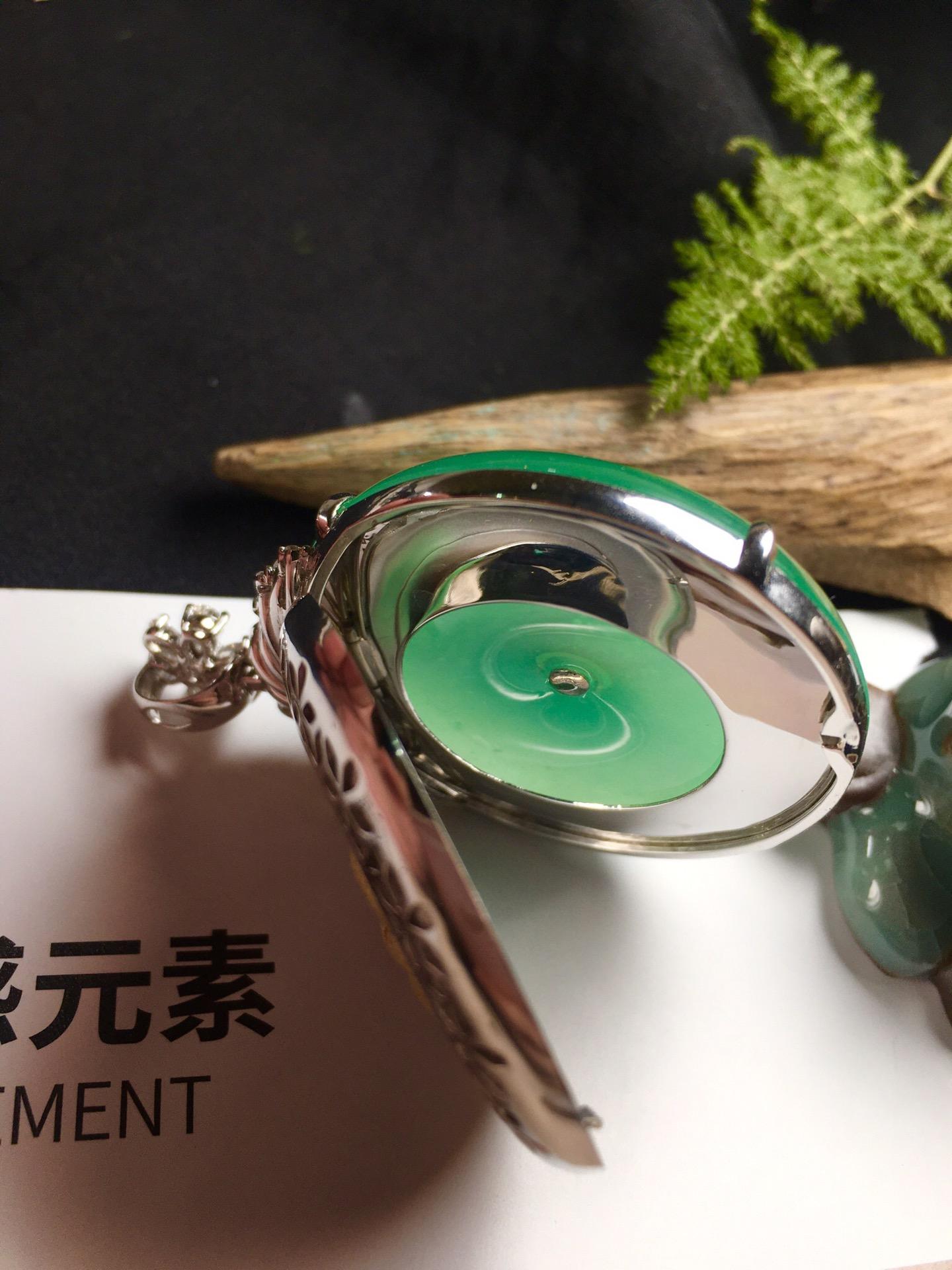 价:【平安扣,冰正阳绿】通透,润水细腻,完美,18k金华奢钻镶石嵌☕第6张