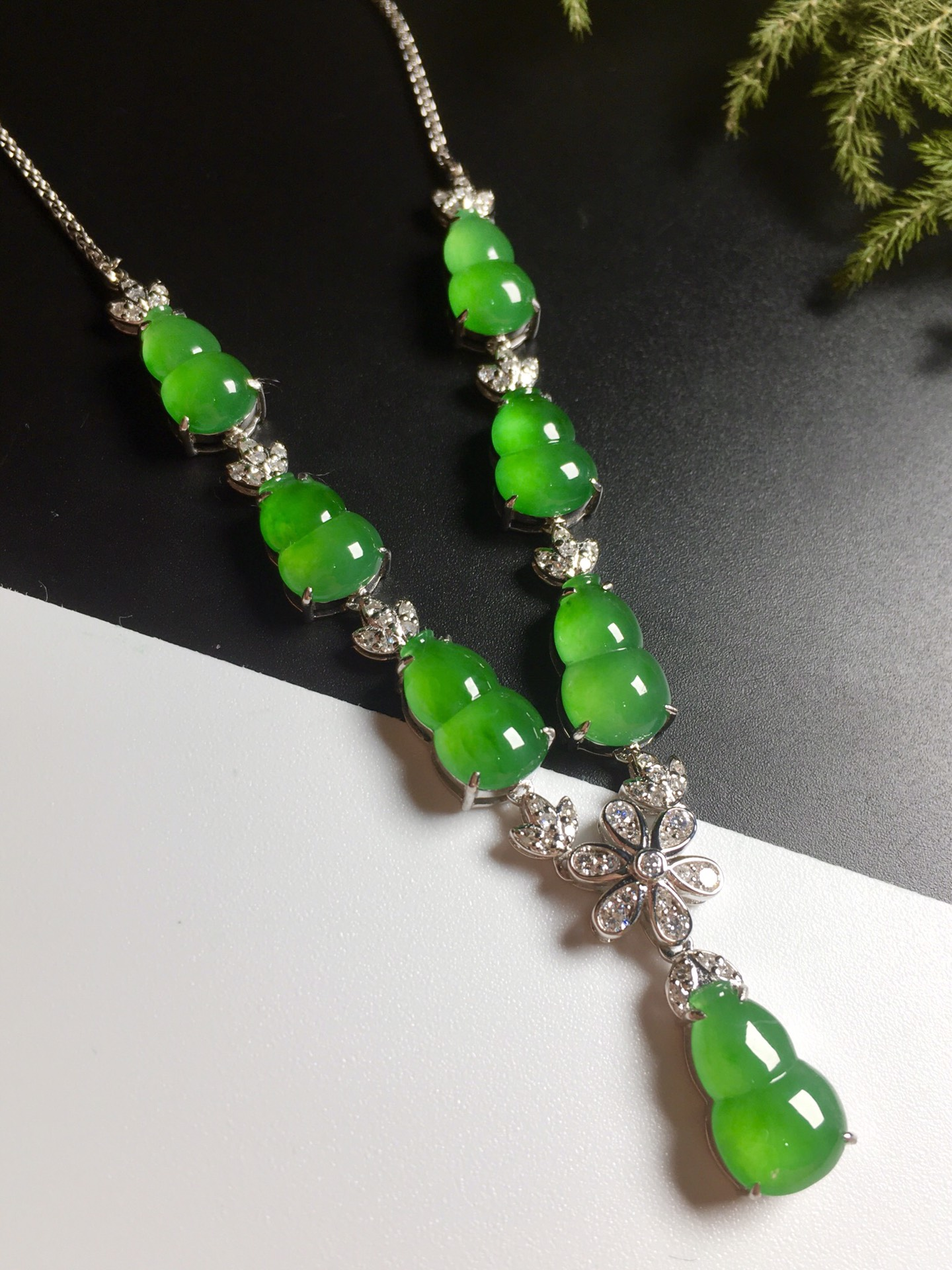 高冰阳绿葫芦项链,18k金奢华钻石镶嵌第2张