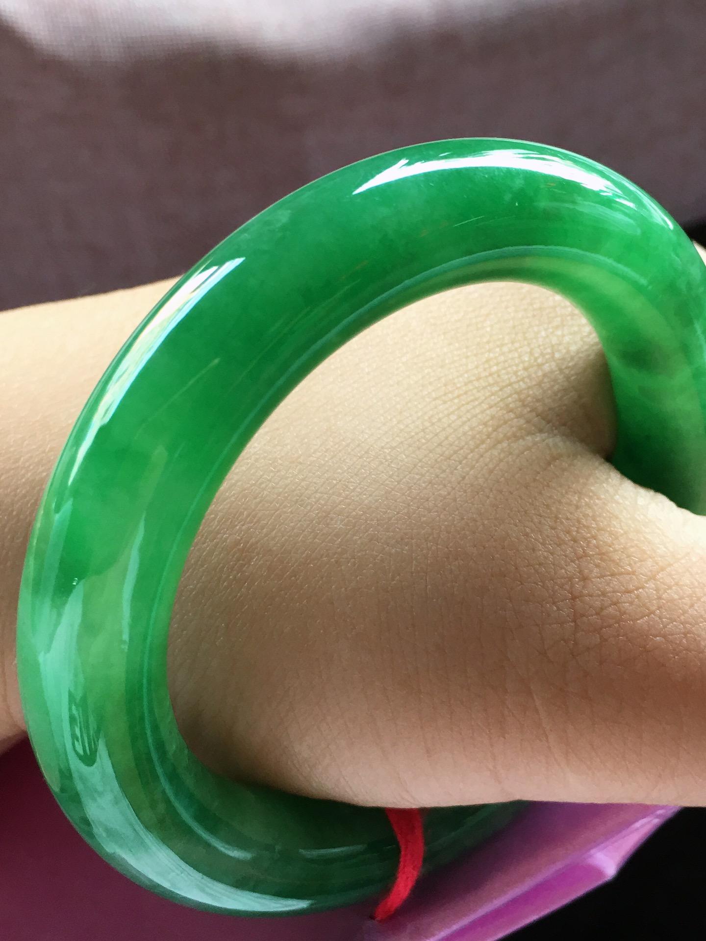 满绿圆条手镯,小圈口53.5第7张