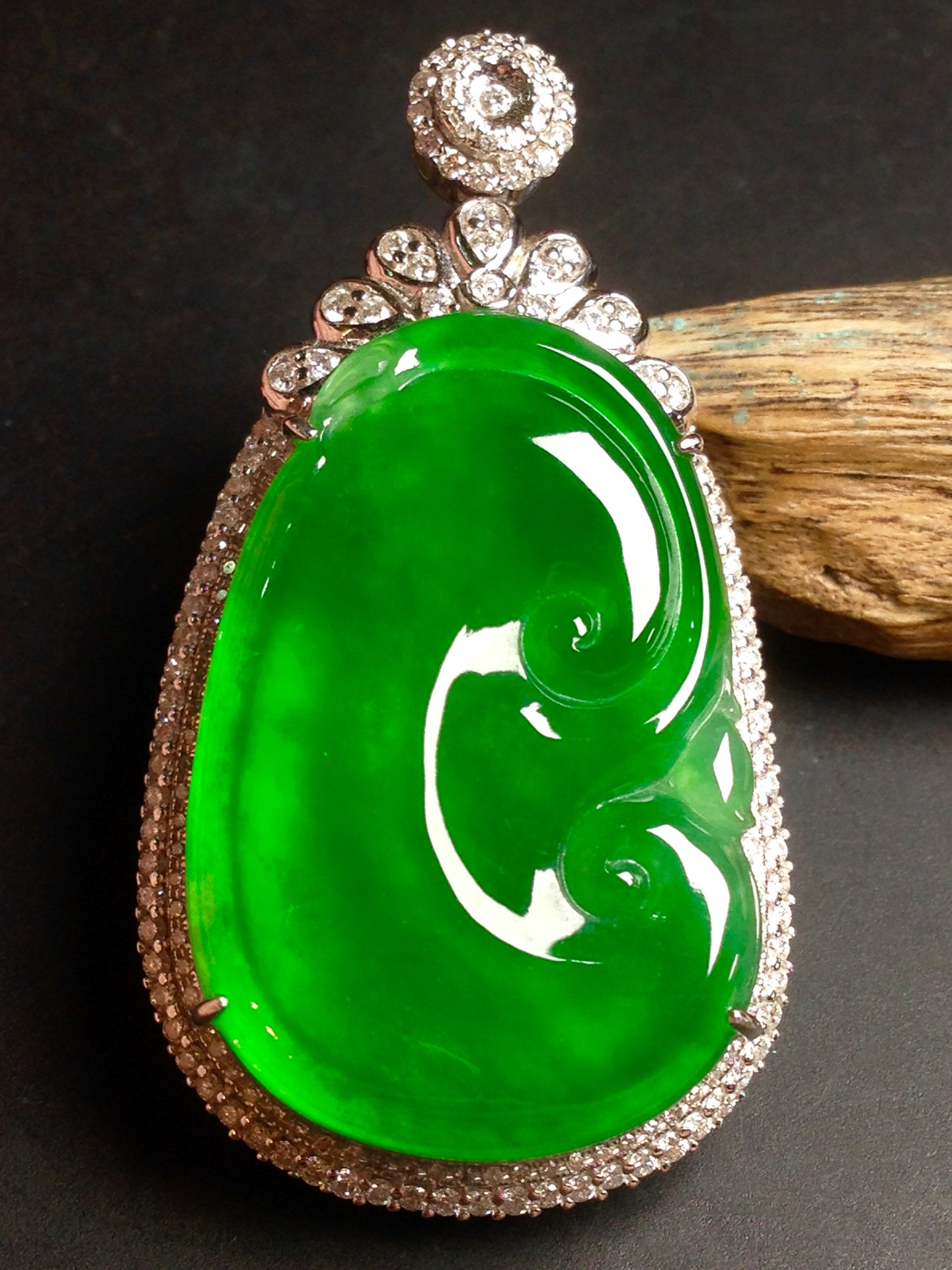 高冰正阳绿如意,18k金华奢钻镶石嵌第2张