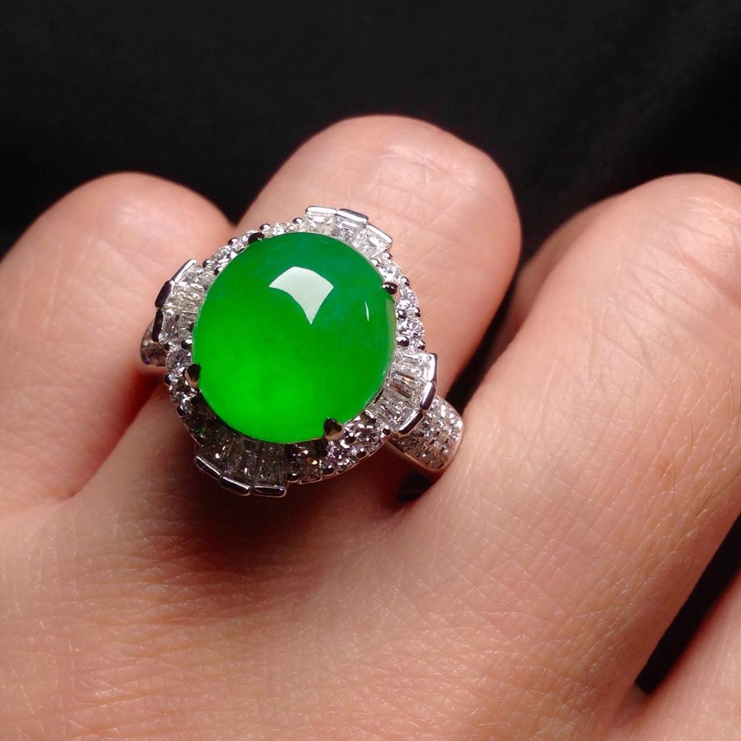 高冰正阳绿大蛋戒指,18k金华奢钻镶石嵌第3张