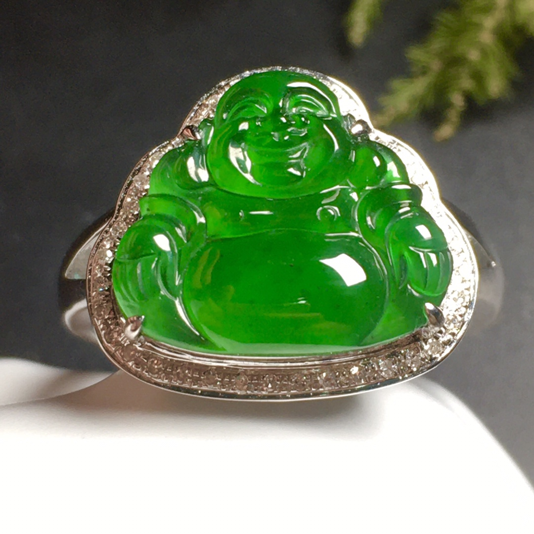高冰阳绿笑佛戒指水润,18k金奢华钻石镶嵌第3张