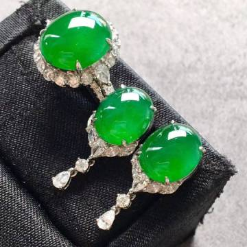 冰种满绿蛋面戒指+耳钉套装,奢华大气上档次
