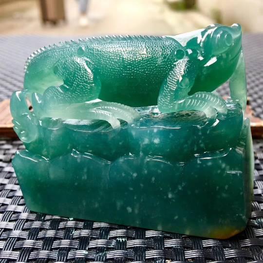 今非昔比.蜥蜴 吸亿.雕刻精美立体 种水俱佳.完美!尺寸:64.5-53.8-24.9 特惠第3张